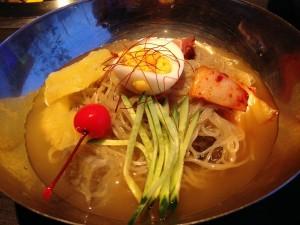養老ミート赤べこ 韓国冷麺