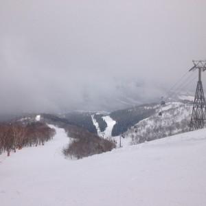 ウイングヒルズ白鳥リゾートスキー場クルージングコース頂上から