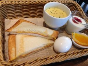 さかい珈琲 ハムとチーズのホットサンド